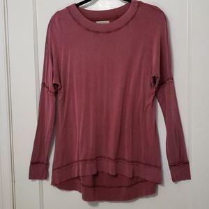 Wonderly long sleeved raw hem tee-shirt Size Small